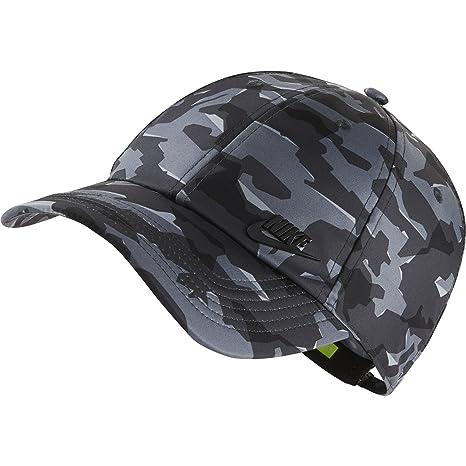 efc71b48d6b Amazon.com  NIKE Sportswear Unisex AeroBill H86 Cap
