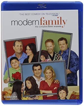 Amazon.com: Modern Family: Season 1 [Blu-ray]: Ed O'Neill, Julie ...