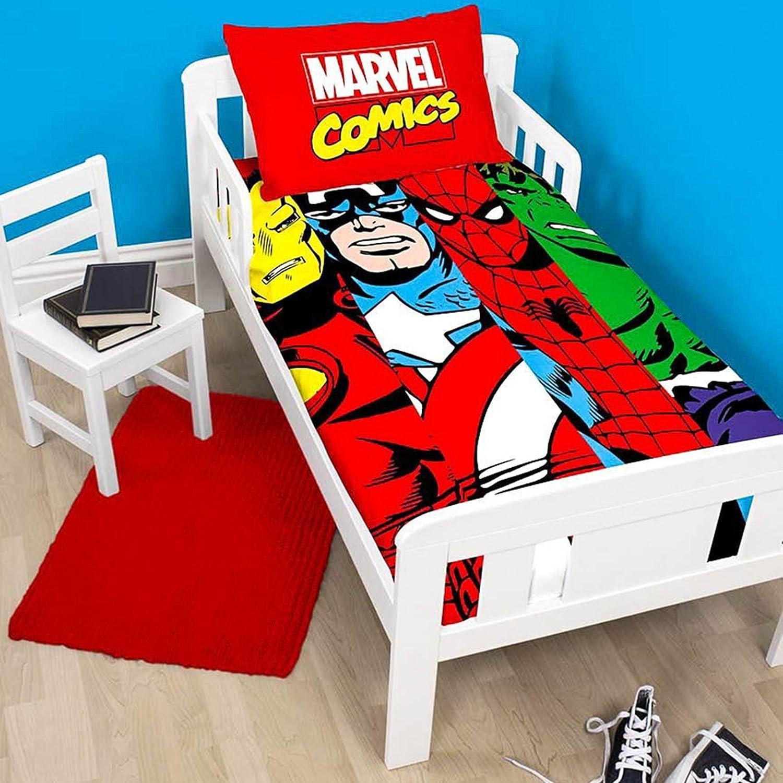 Marvel Comics Clash Junior/Toddler Duvet Cover and Pillowcase Set