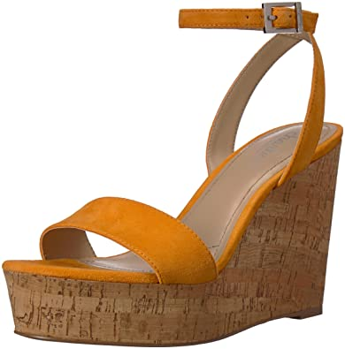 192d401e0486 Amazon.com  CHARLES BY CHARLES DAVID Women s Lilla Wedge Sandal  Shoes