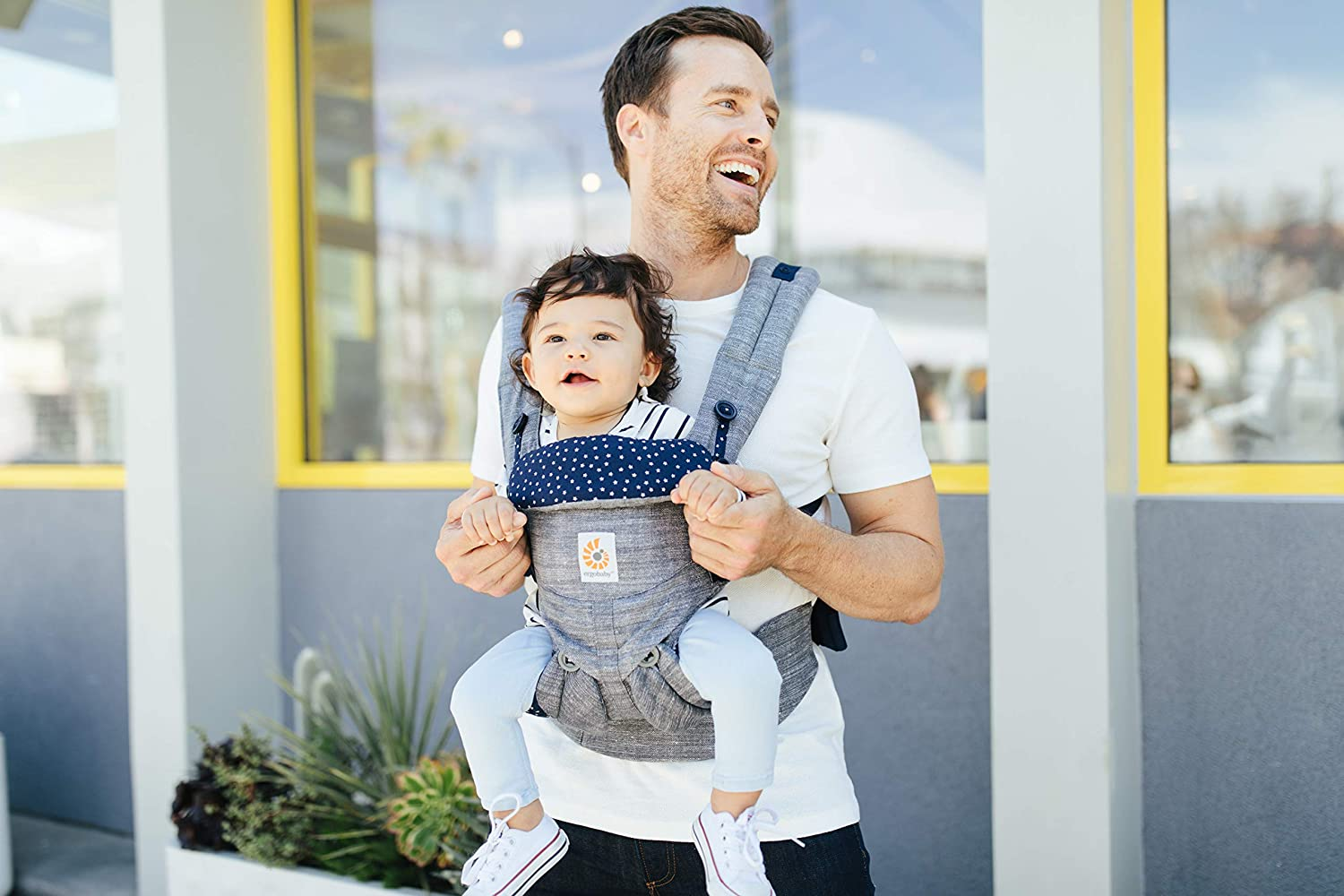 4 Ergonomic Carry Positions Front Back Front Facing 360 Cool Air Khaki Green Backpack Carrier Ergobaby Baby Carrier for Newborn up to 3 Years