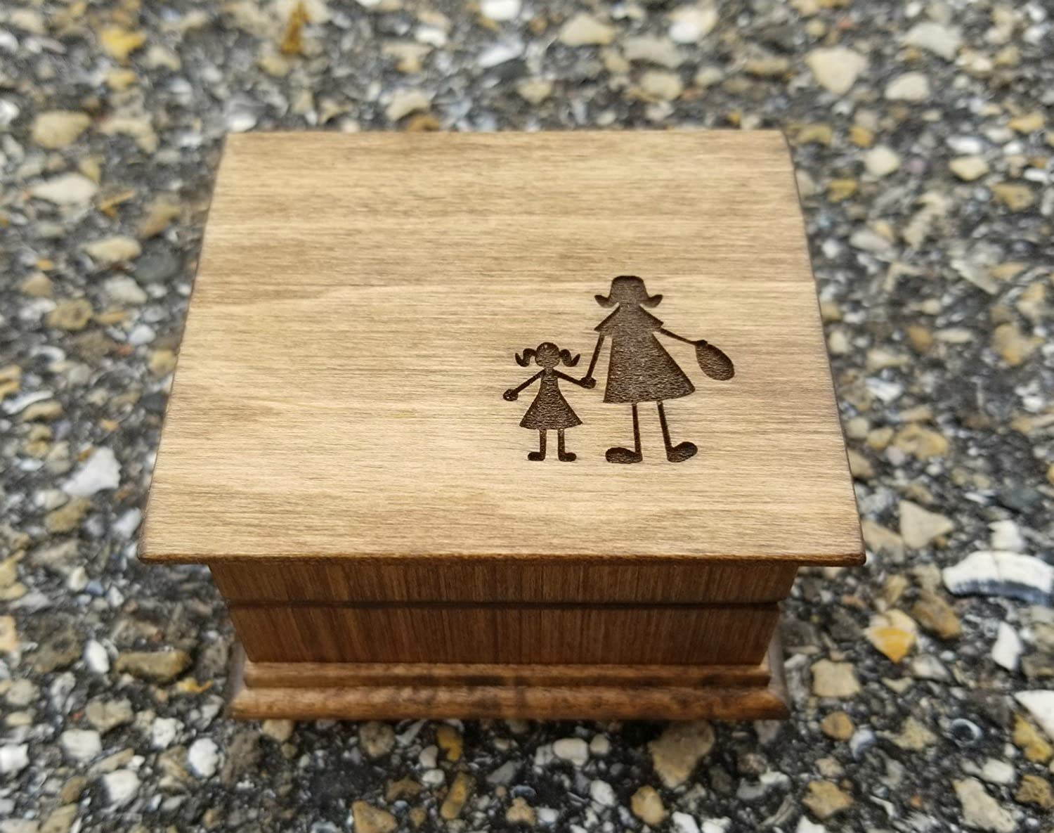 Custom made music box with Mom and heart image engraved on top with your choice of color and song Mom music box Mothers day gift