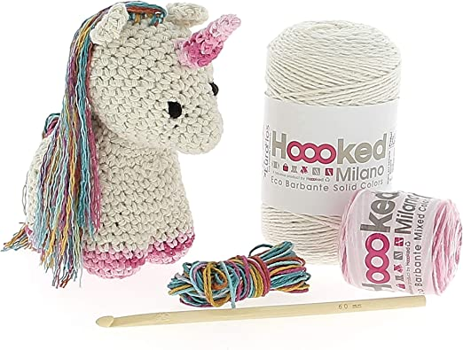Amazon.com: Darn Good Yarn One of a Kind | DIY Knitting Kit ... | 395x522