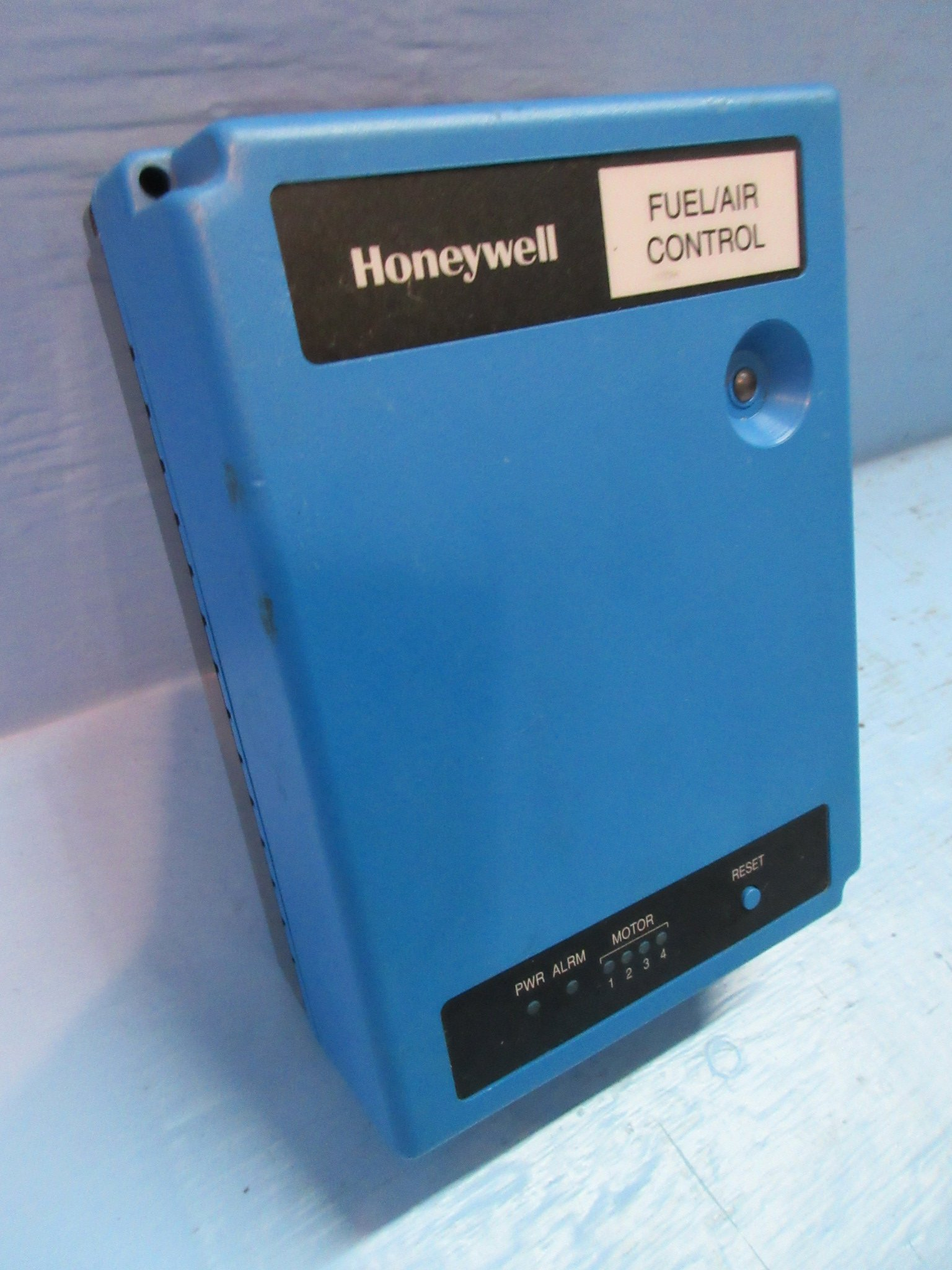 Honeywell, Inc. R7999A Controlinks Fuel Air Controller