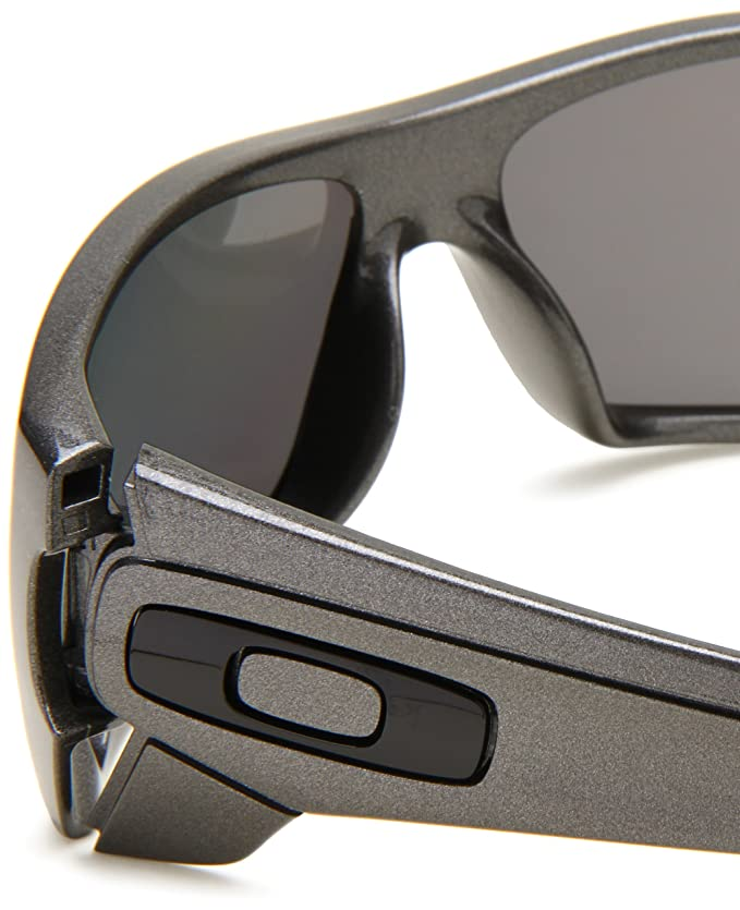 50f1502eb1 ... new style oakley mens polarized batwolf oo9101 05 grey shield  sunglasses oakley amazon clothing accessories e6608