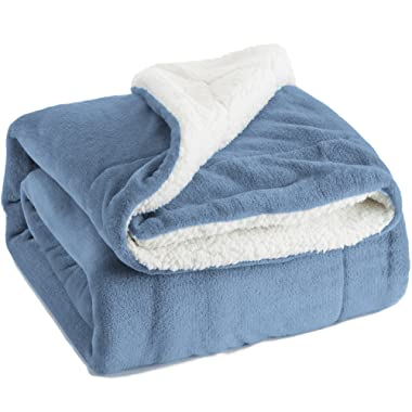 Bedsure Sherpa Fleece Blanket Throw Size Carolina Blue Plush Throw Blanket Fuzzy Soft Blanket Microfiber