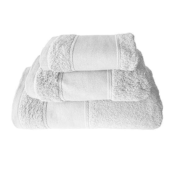 Juego de 3 toallas de baño bordadas con el texto Merry Xmas de BgEurope, color blanco; Referencia: Christmas red Tree: Amazon.es: Hogar