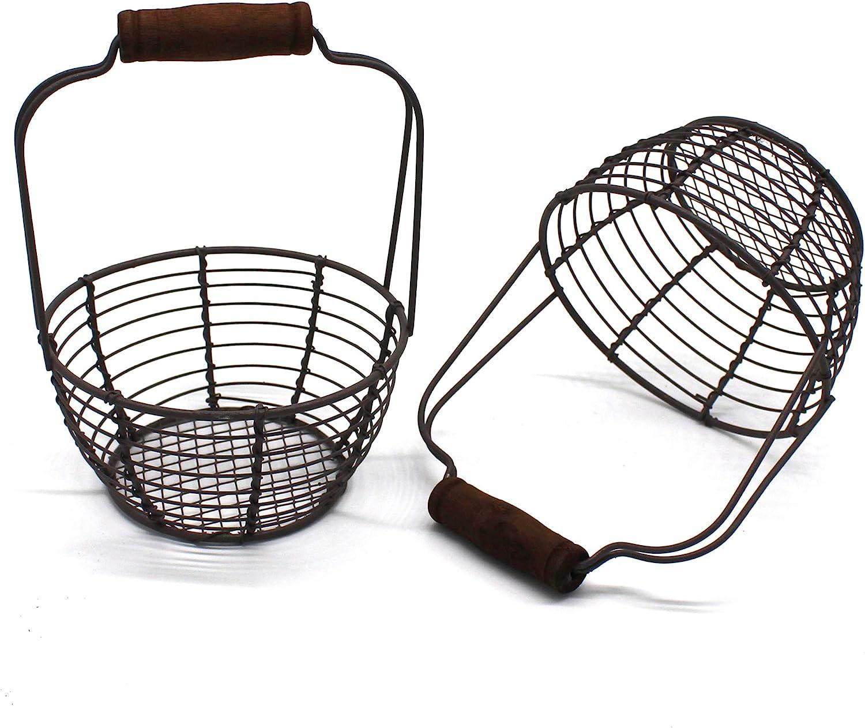 CVHOMEDECO Minicestas de alambre de metal para huevos con mango de madera estilo vintage Juego de 2