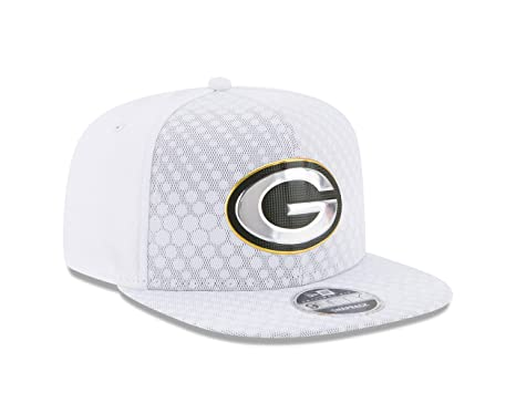 big sale 373da 5345d Image Unavailable. Image not available for. Color  New Era Green Bay  Packers 2017 Color Rush 9FIFTY Snapback Hat
