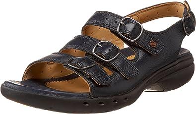 amazon women's clarks sandals
