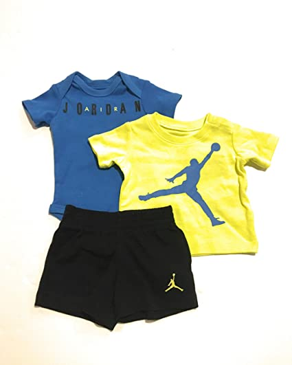 9c60c3f9f06 Image Unavailable. Image not available for. Color: Jordan Infant Boys 3-Piece  Bodysuit, Tee Shirt, and Shorts ...