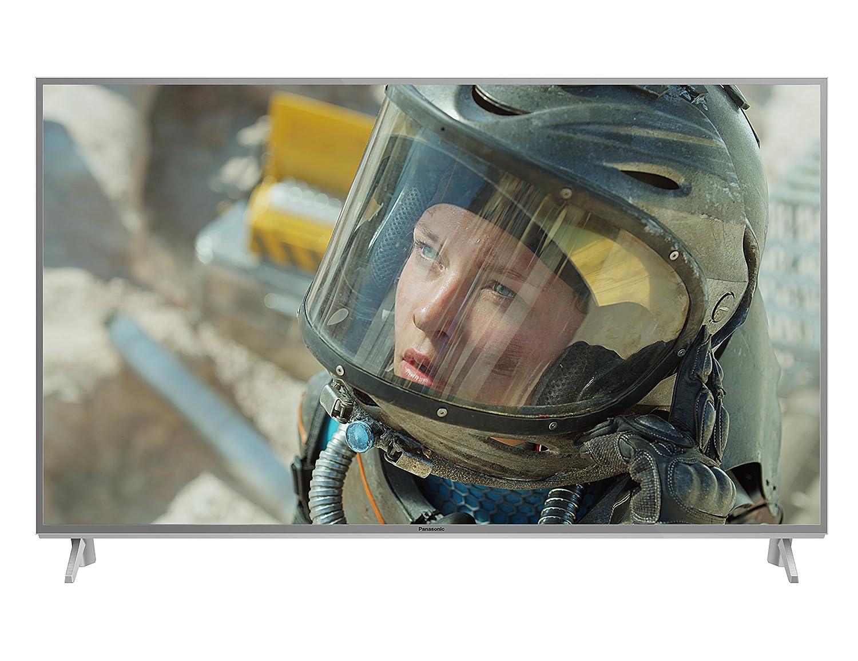 Fernseher von Panasonic: Bild zeigt eine Frau mit Helm