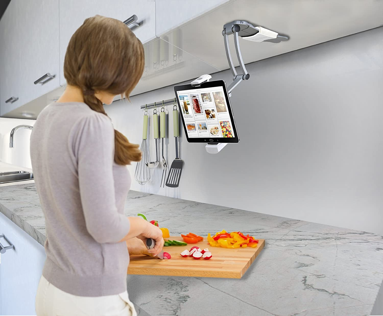Kitchen Tablet Holder Amazoncom 2 In 1 Kitchen Mount Stand For 7 13 Inch Tablets Ipad