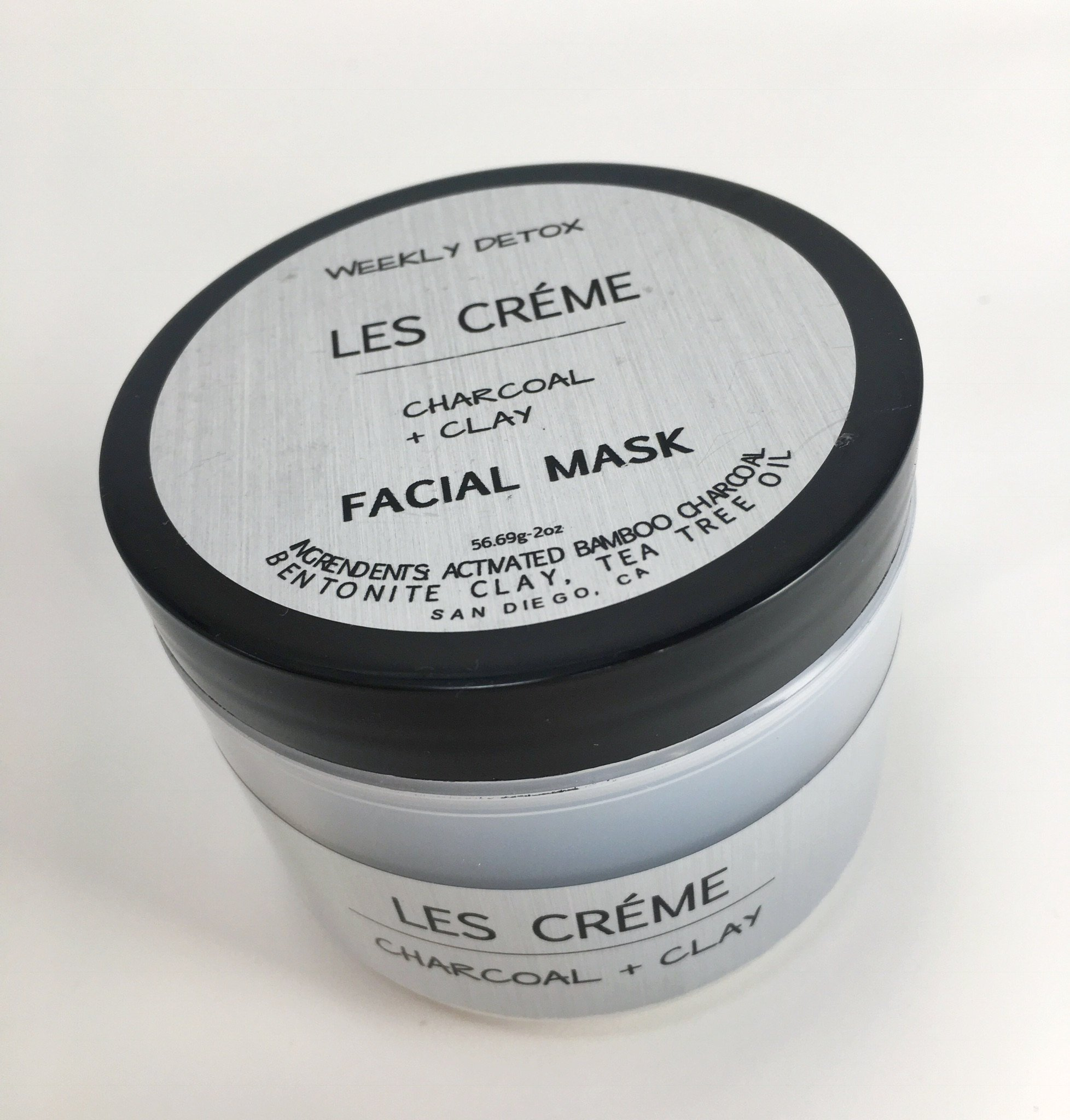Daily Detox Charcoal Face Mask 100% Natural. With Activated Charcoal & Therapeutic Grade Essential Oils And Bentonite Clay. For Men, Women & Teens. Chemical Free. 2oz Jar