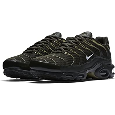 brand new 66117 c0539 Nike Men s Trainers Green Sequoia White-Neutral Olive Size  ...