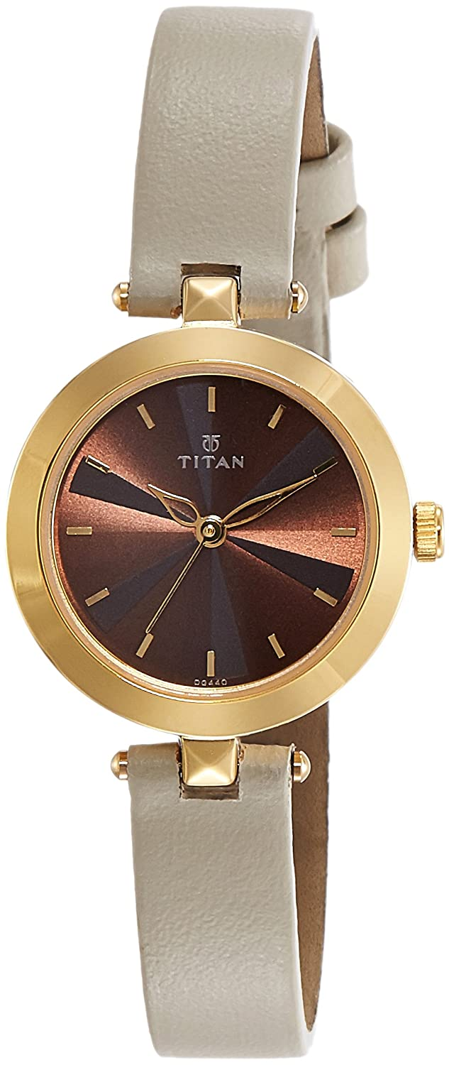 e1a4cd152 Buy Titan Analog Brown Dial Women's Watch-2574YL01 Online at Low Prices in  India - Amazon.in