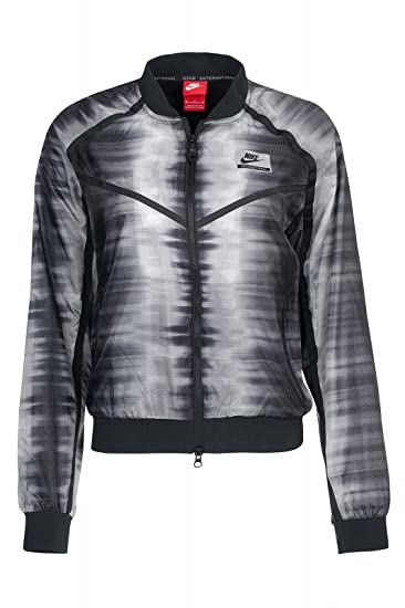 Falange Meseta menos  Nike International Bomber Jacket: Amazon.in: Sports, Fitness & Outdoors