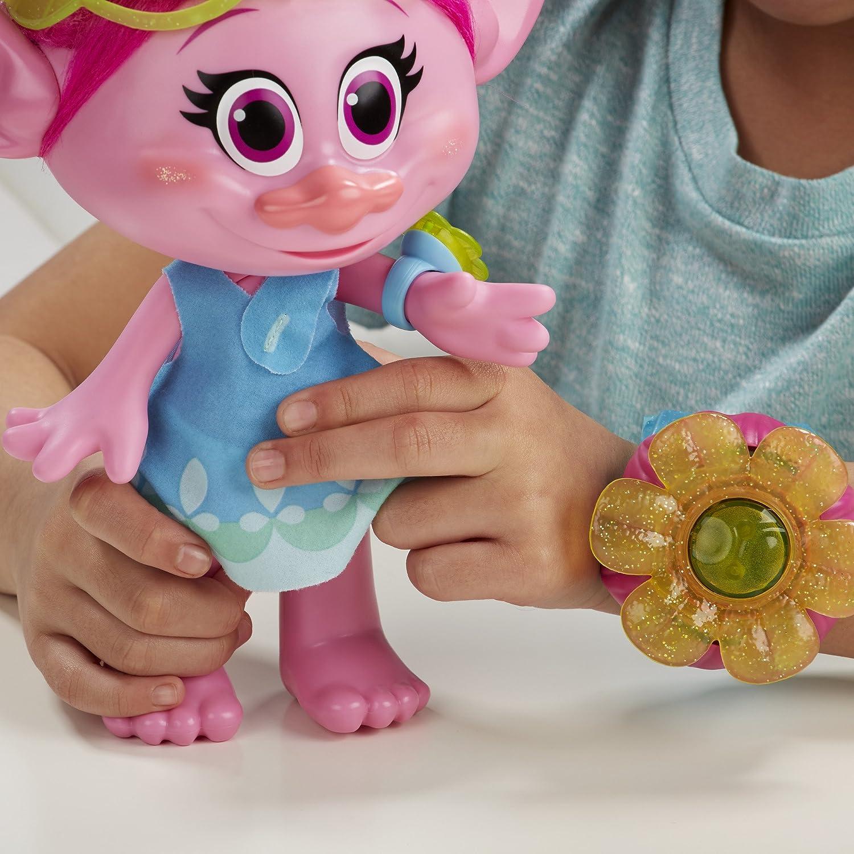 /Poppy momenti di Abbraccio Hasbro b6568105 Trolls/