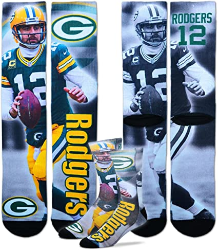 Amazon Com For Bare Feet Aaron Rodgers Green Bay Packers Nfl Drive Player Profile Socks Large Clothing