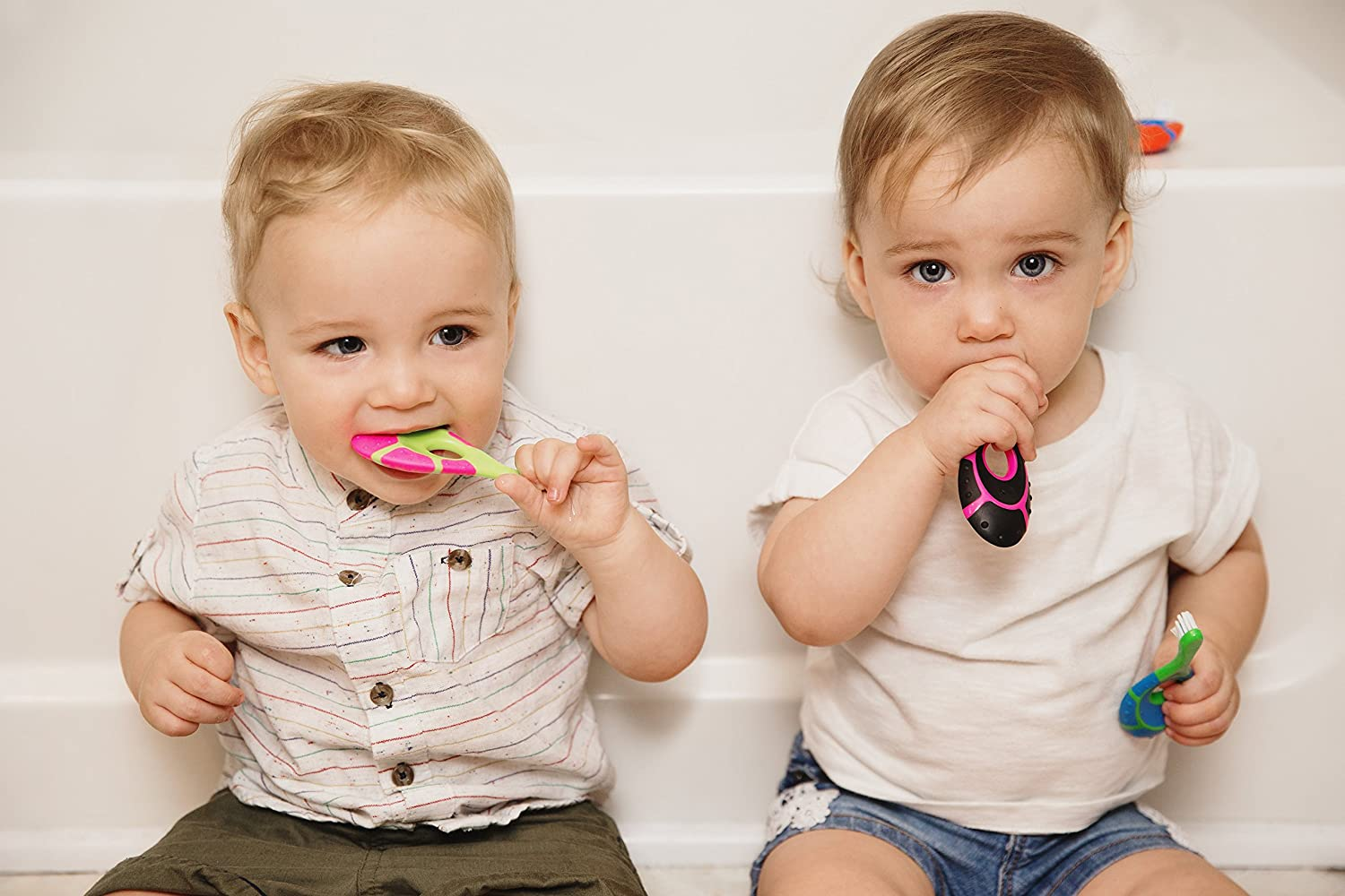 Amazon.com : Farber Baby Toothbrush & Toddler Toothbrush for 0-2 Years Old   Teething Finger Handle   BPA Free with Baby Toothpaste Indicator   Extra Soft ...