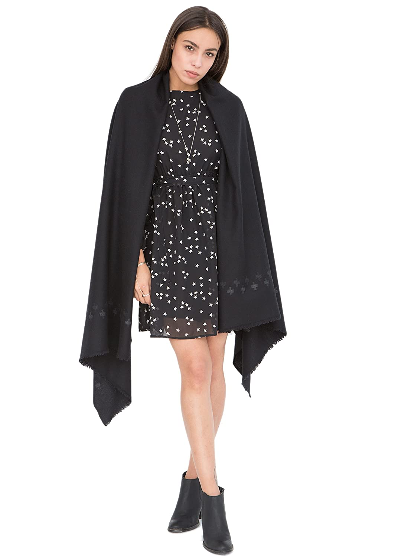 b8870c73253 Handwoven Pashmina   Blanket Scarf with Crosses 100 X 200cm  Amazon.co.uk   Clothing