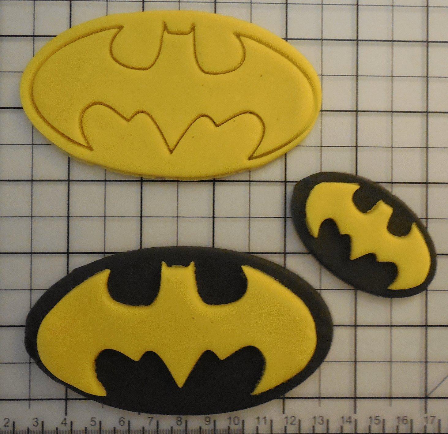 Goggly Batman Platzchen Ausstechform Amazon De Kuche Haushalt