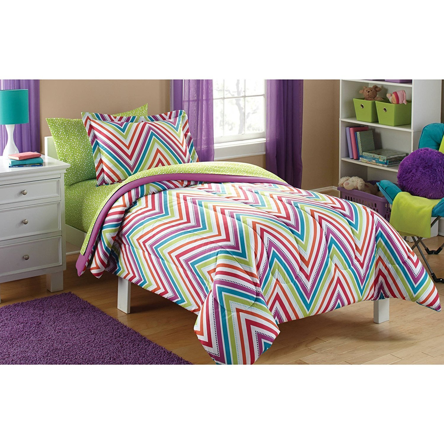 Dovedote 5 Piece Reversible Comforter and Matching Sheet Set for All Seasons, Twin , Chevron