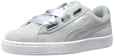 innovative design a5e0c 26f99 PUMA Women's Suede Heart Safari Wn Sneaker