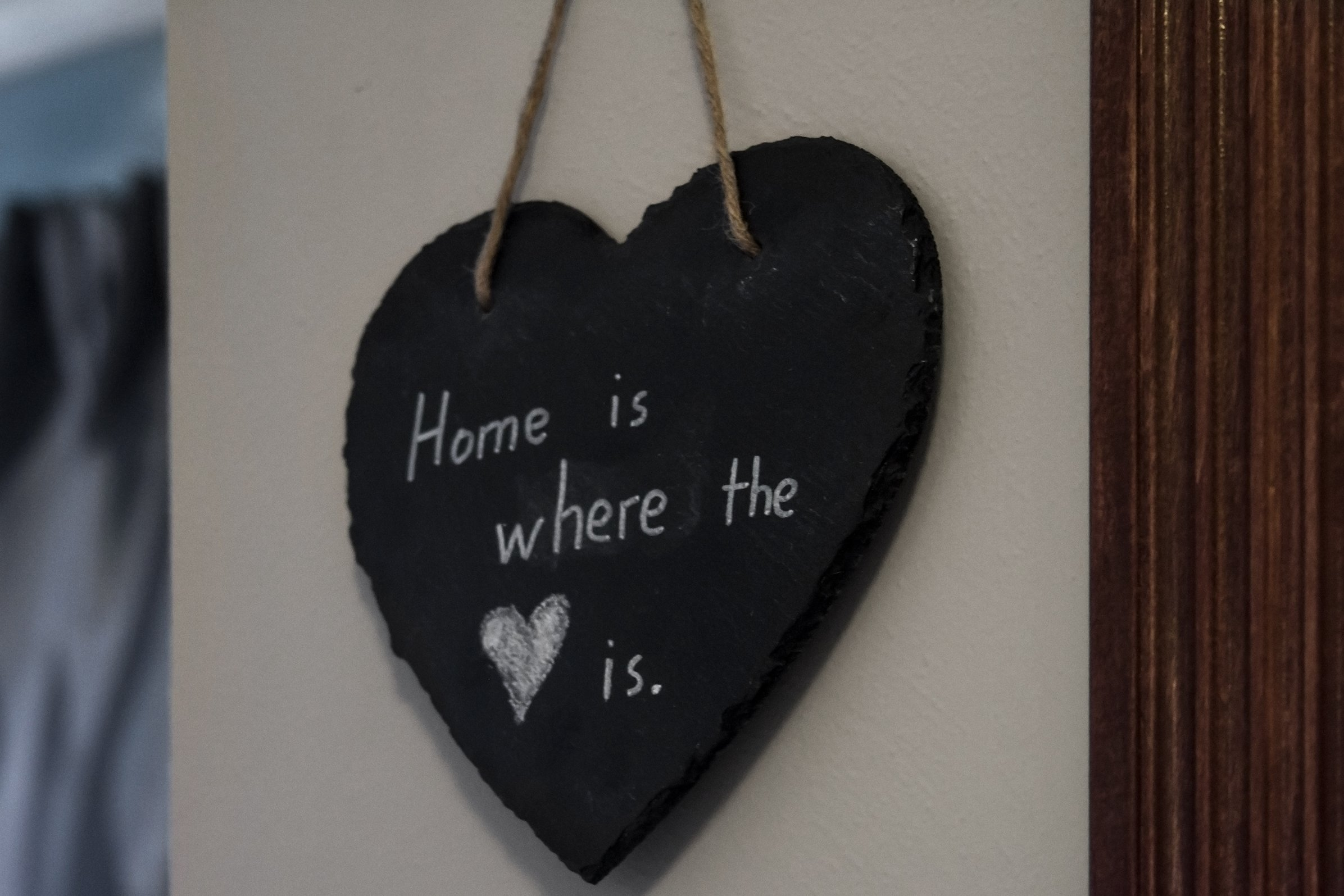 FRESHeTECH Slate Heart Kitchen Hanging Chalkboard - Great for Writing Morning Notes with Chalk 7 1/2'' x 7 1/2'' x 1/2'' Decorate and Design with June and May