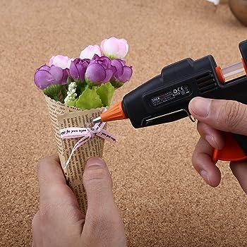 Einen Heißkleber kann man für die unterschiedlichsten Bastelarbeiten verwenden.