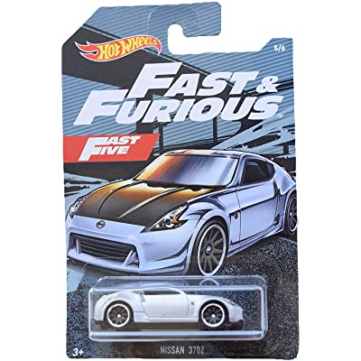Hot Wheels Fast & Furious Nissan 370Z 5/6, Silver: Toys & Games