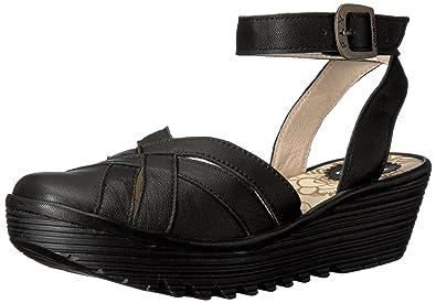 5aa333ba435 FLY London Women s Read731fly Flat Sandal