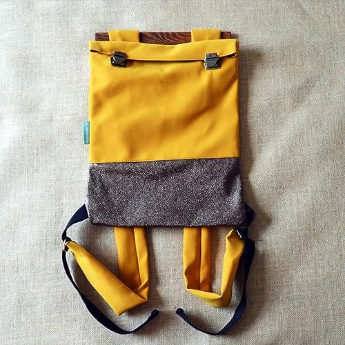 Mochila para adulto- Combinala con el bebé- Cuero Vegano- Ruck Sack- Imitación