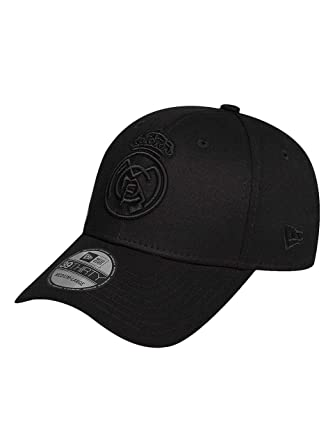 a66d5e46ec1 New Era Men Caps Flexfitted Cap Euroleague Real Madrid 39Thirty Black M L   Amazon.co.uk  Clothing