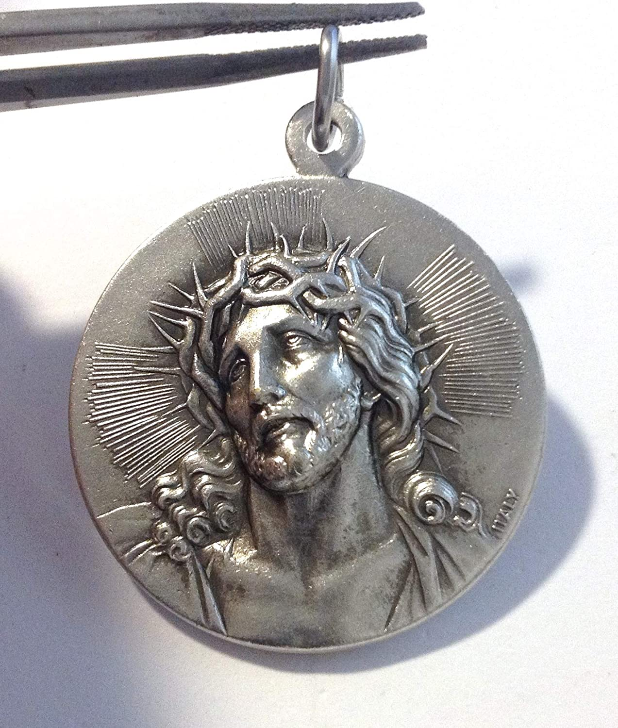 Real Italian Masterpiece … The Holy Face Shroud of Christ Medal