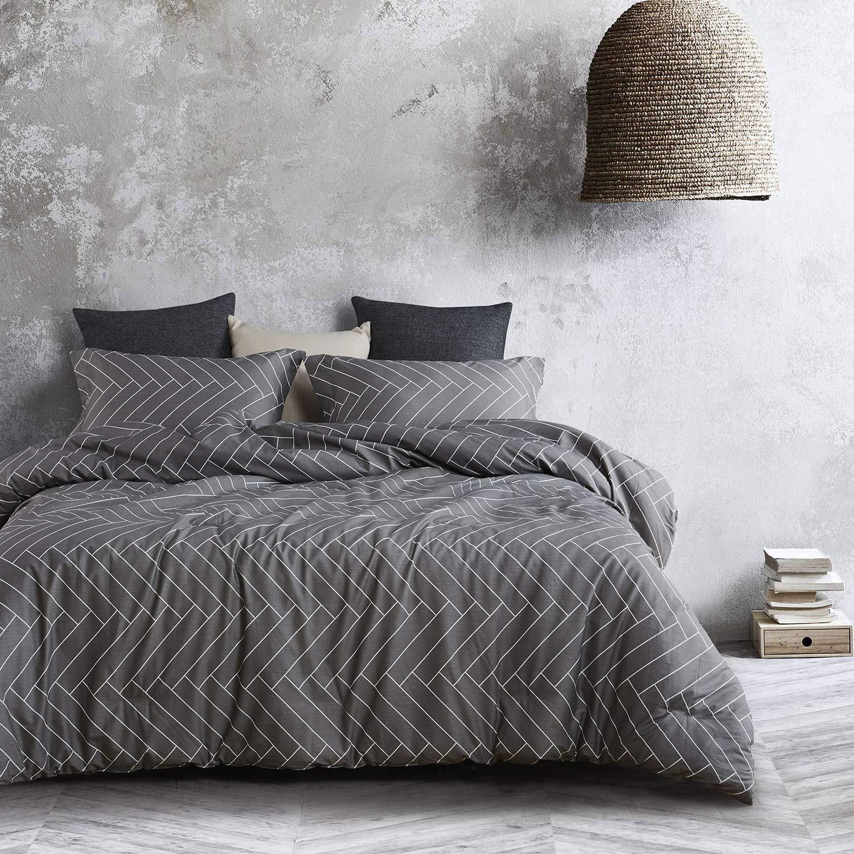 Wake In Cloud - Gray Duvet Cover Set, 100% Cotton Bedding, Chevron Herringbone Geometric Modern Pattern Printed on Grey Zipper Closure (3pcs, Queen Size)
