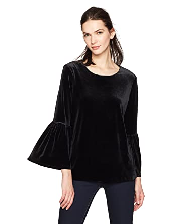 a5edacea242e7 Calvin Klein Women s Velvet Bell Sleeve at Amazon Women s Clothing store