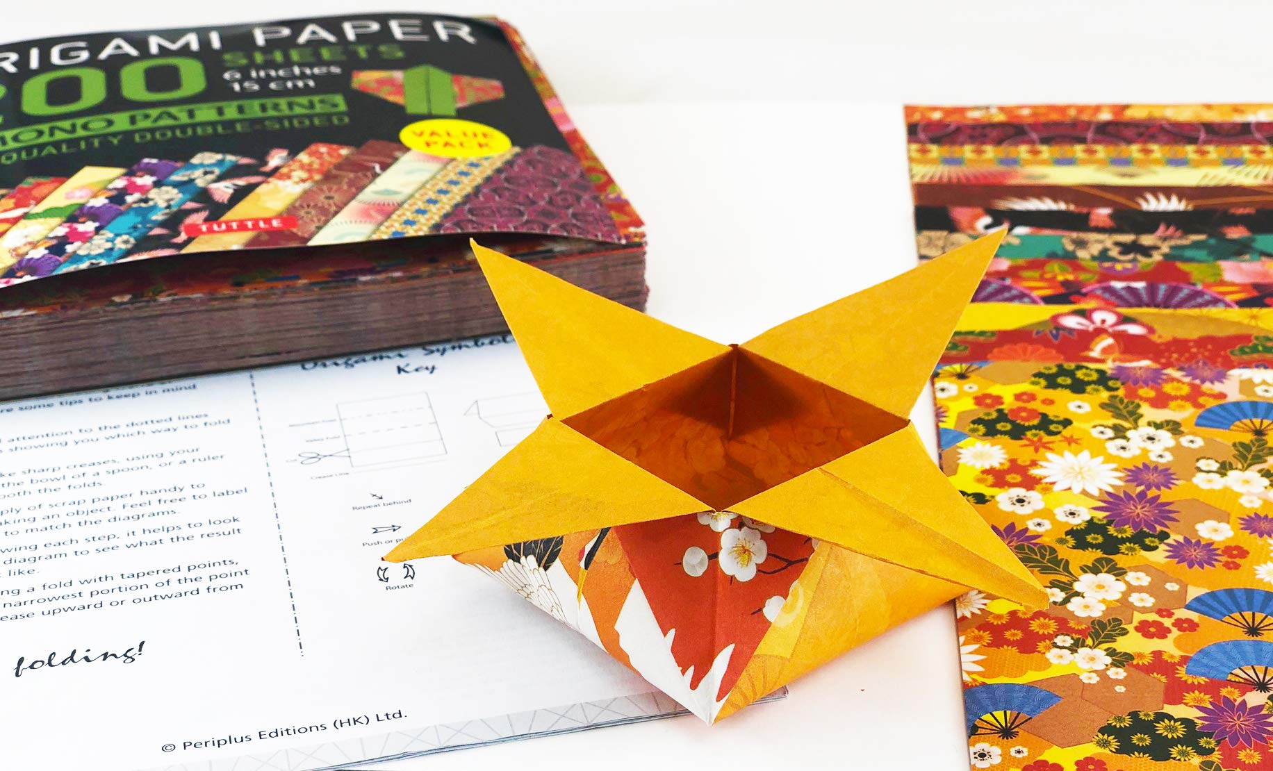 Origami Paper 200 sheets Kimono Patterns 6 15 cm : Tuttle Origami Paper: High-Quality Double-Sided Origami Sheets Printed with 12 Patterns ... Included Origami Paper Pack 6 Inch: Amazon.es: Publishing, Tuttle: Libros en idiomas extranjeros