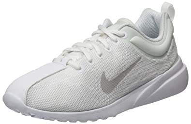 7a8a6c4ae2dce Nike Women's WMNS Superflyte Running Shoes, Pure Platinum/White 100, ...
