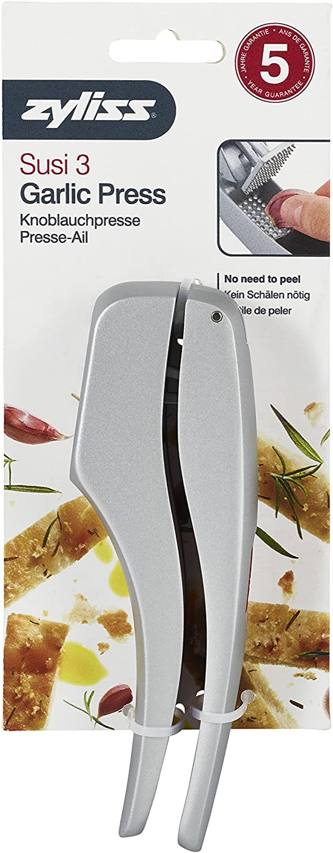 Zyliss Knoblauchpresse E12150 Susi 3 praktische Presse für große Knoblauchzehen auch mit Schale. Inklusive Reinigungswerkzeug. Länge: 15 cm.