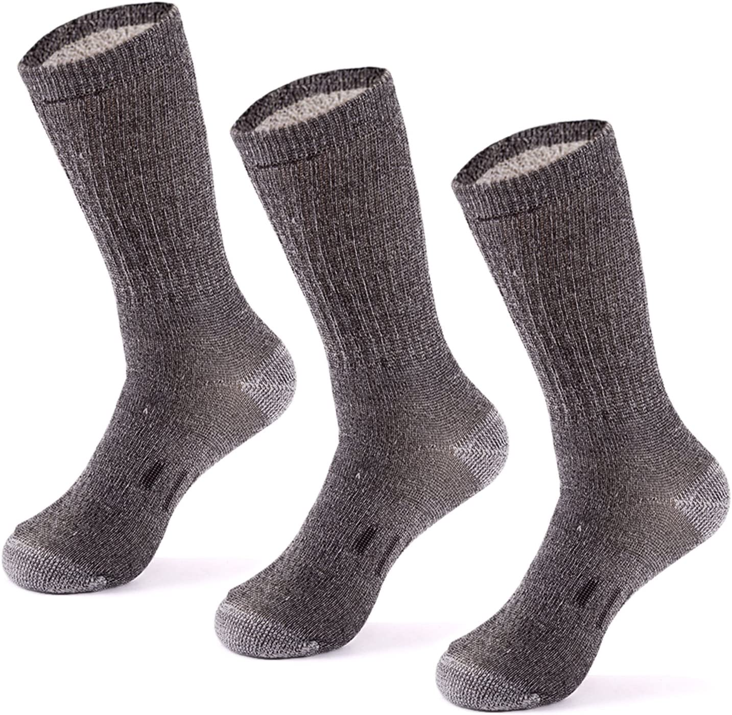 Best Thermal Socks for Extreme Cold