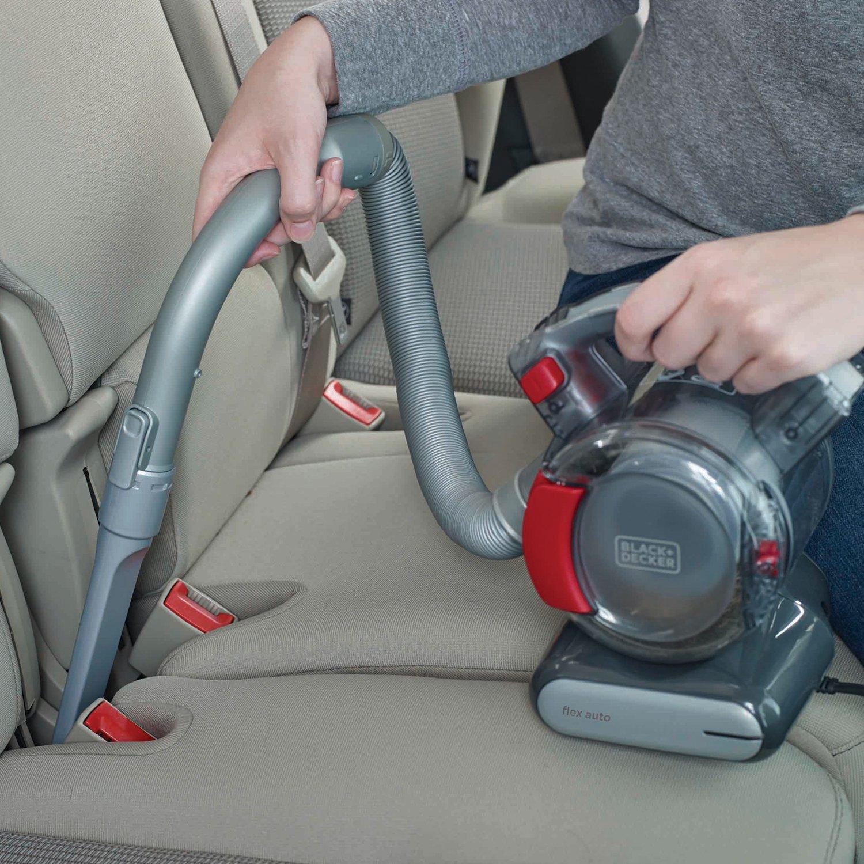 使いやすさ抜群の車掃除機