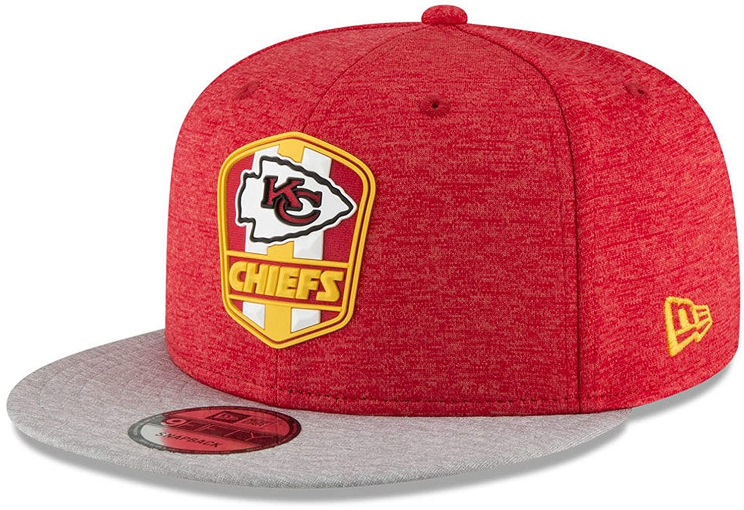 500ef022 Amazon.com : New Era Kansas City Chiefs 2018 NFL Sideline Road Official  9FIFTY Snapback Hat : Sports & Outdoors