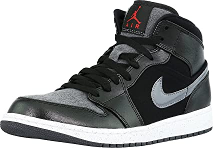 Amazon Com Nike Air Jordan 1 Mid Premium Mens Basketball Shoes 8 5