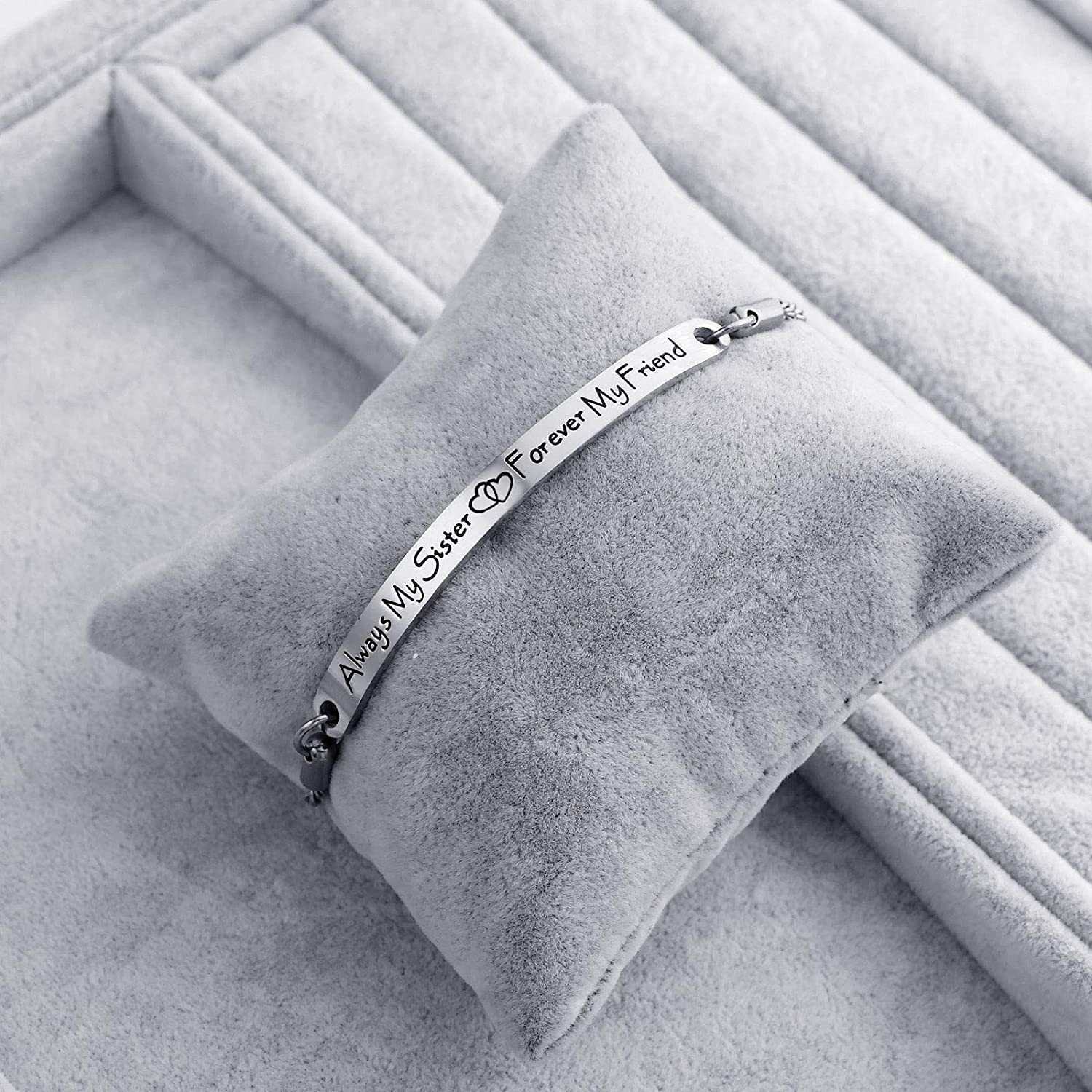 Inspirational Bracelets Gifts Engraved Personalized Fashion Bangles for Women Girl Sister Mother Friends