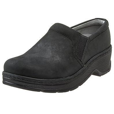 9dc02773185d Amazon.com  KLOGS Footwear Women s Naples Leather Closed-Back ...