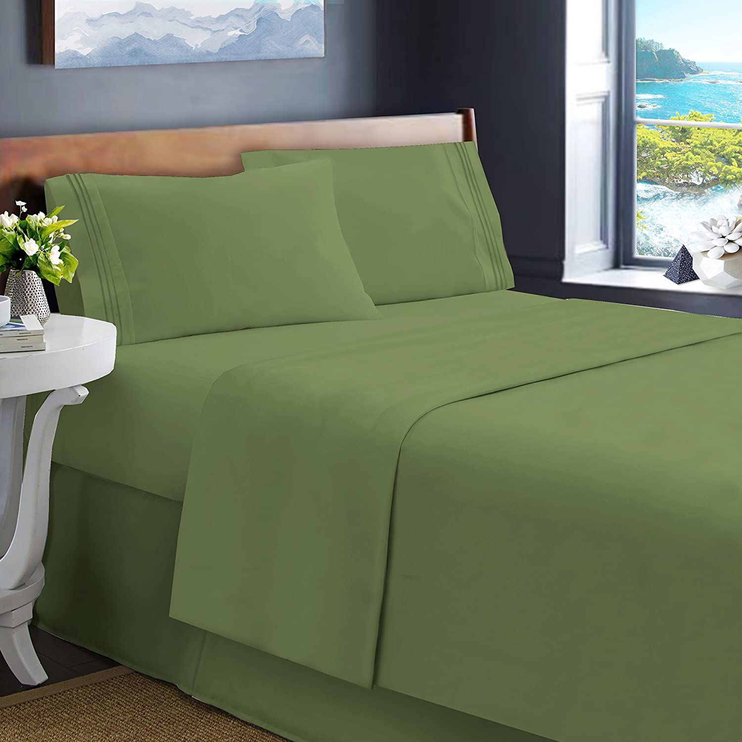 Hearth & Harbor Queen Size Green Bed Sheet