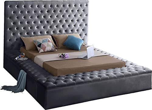 Meridian Furniture Bliss Collection Modern Contemporary Grey Velvet Upholstered Bed with Deep Tufting, with Storage Rails and Footboard, Queen,