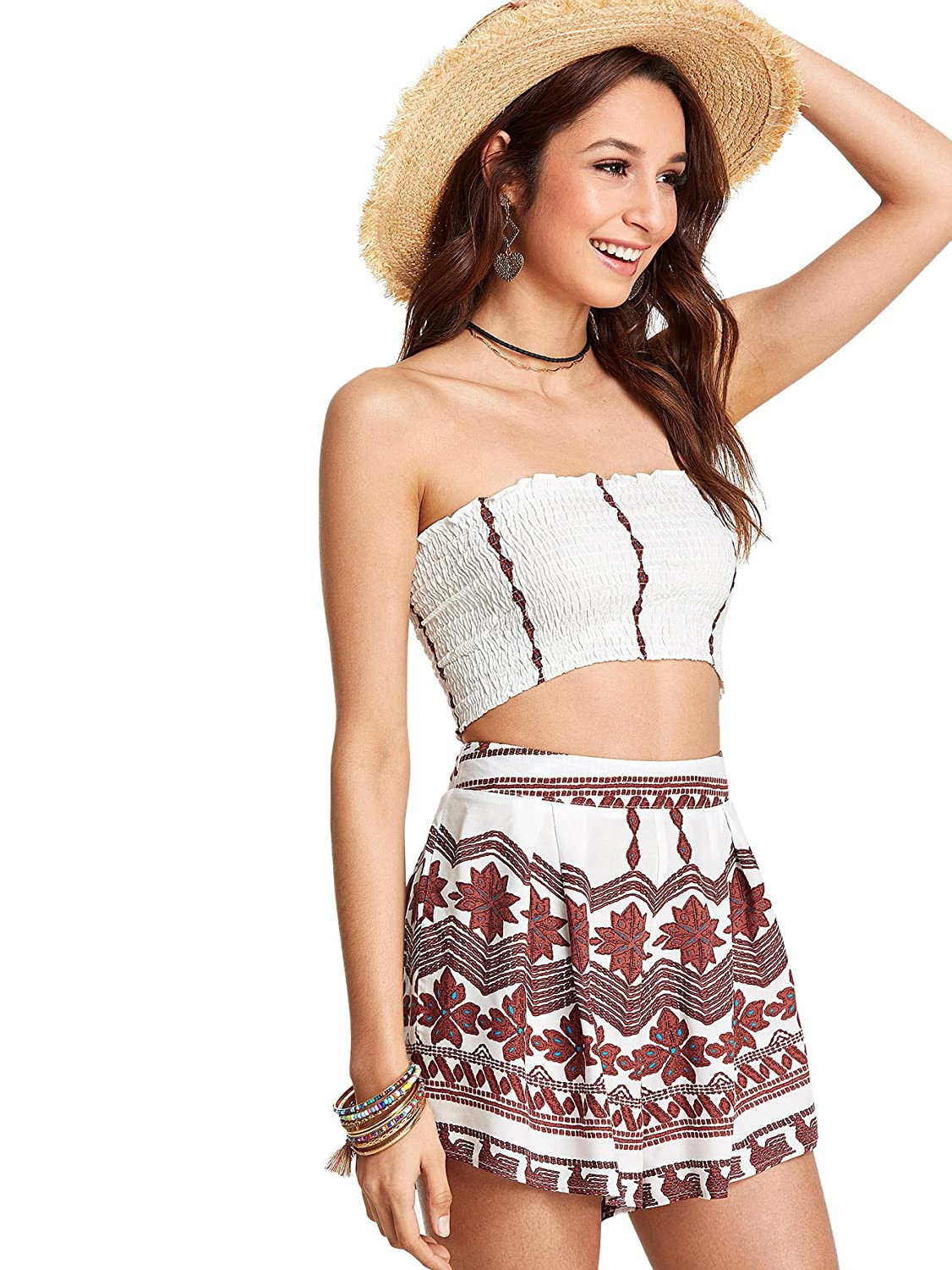 133062adaa2 Amazon.com  SweatyRocks Women s 2 Piece Outfit Boho Pleated Crop Tube Top  with Shorts White L  Clothing