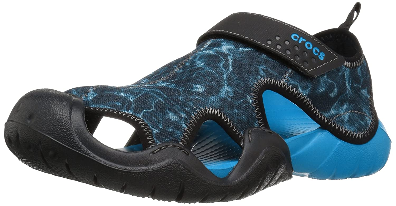 Crocs Swiftwater Graphic, Sandalias Flip-Flop para Hombre 43/44 EU|Blu (Ocean/Black)